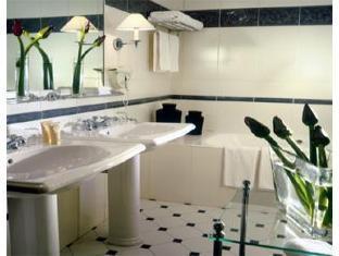Hotel du Louvre Paris - Bathroom