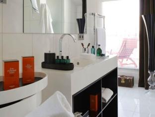 Intercontinental Paris Avenue Marceau Hotel Paris - Bathroom