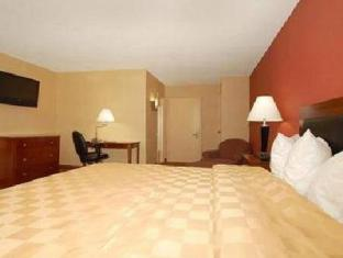 Clarion Hotel at LaGuardia Airport New York (NY) - Guest Room