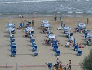 Hotel Village Baia Santa Barbara Rodi Garganico - Beach