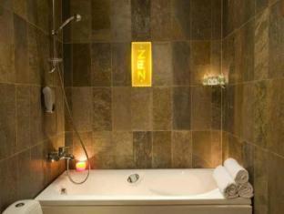The Von Stackelberg Hotel Tallinn טלין - חדר אמבטיה