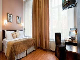 The Von Stackelberg Hotel Tallinn טלין - גינה