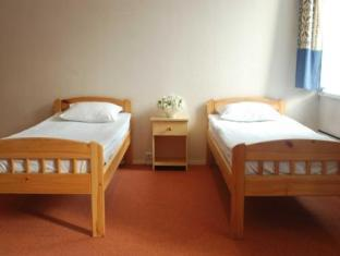 16 Hostel تالين - غرفة الضيوف