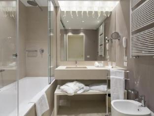 NH Palazzo Barocci Venice - Bathroom