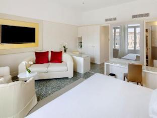NH Palazzo Barocci Venice - Guest Room