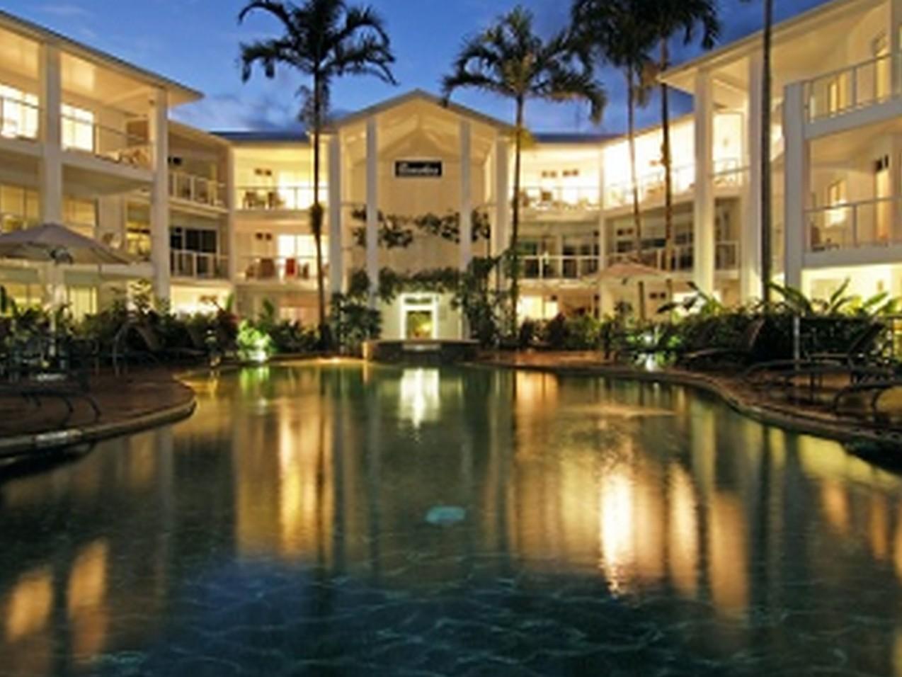 Latitude 16 Beaches Holiday Apartments - Hotell och Boende i Australien , Port Douglas