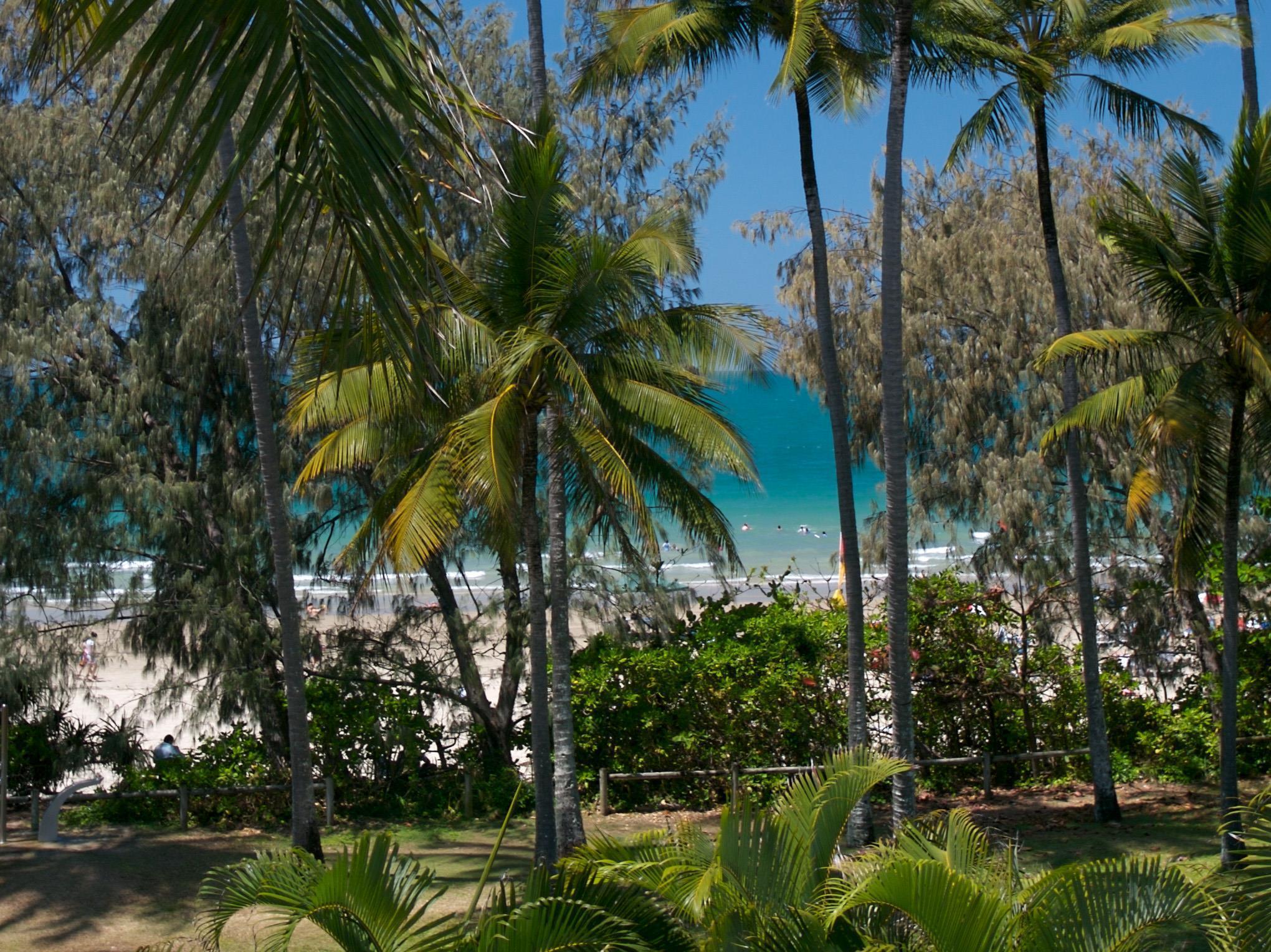 Latitude 16 Port Douglas Beachfront Terrace - Hotell och Boende i Australien , Port Douglas