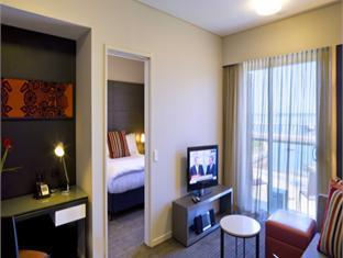 Medina Grand Darwin Waterfront Hotel - Room type photo