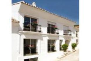 Apartamentos La Fonda Hotel