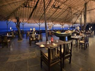 The LaLiT Golf & Spa Resort Goa South Goa - Food, drink and entertainment