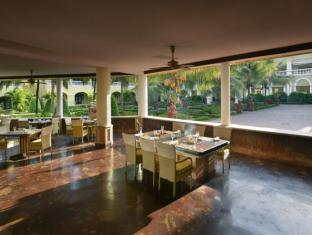 The LaLiT Golf & Spa Resort Goa Goa Selatan - Restoran