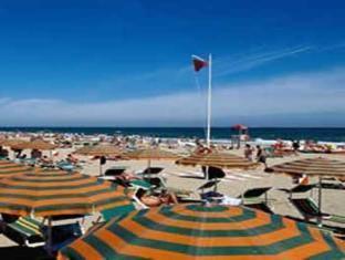 Hotel Grune Perle Rimini - Beach