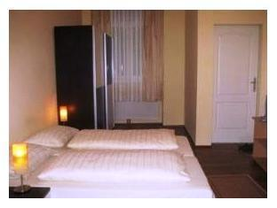 Pension Schottentor Vienna - Guest Room