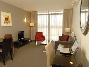 Mercure Melbourne Caroline Springs Hotel
