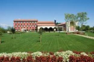 Borgo Ronchetto Relais & Gourmet Hotel