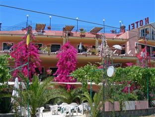 Aparthotel Domus De Janas Sul Mare