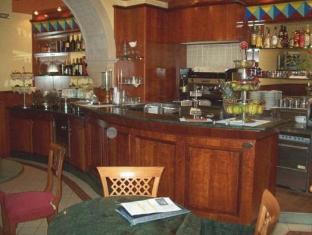 Hotel Garibaldi Милаццо - Паб.