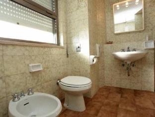 Hotel Serapo Gaeta - Bathroom