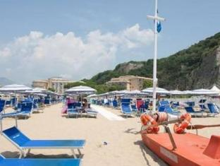 Hotel Serapo Gaeta - Beach