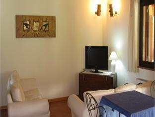 La Corte Degli Ulivi Hotel Tresnuraghes - Lobby