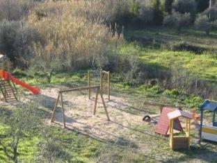 La Corte Degli Ulivi Hotel Tresnuraghes - Playground