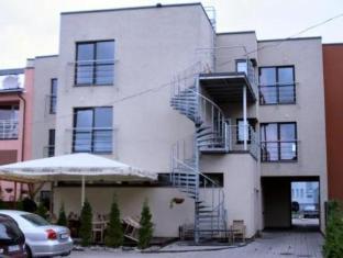 Ranna Villa פרנו - בית המלון מבחוץ