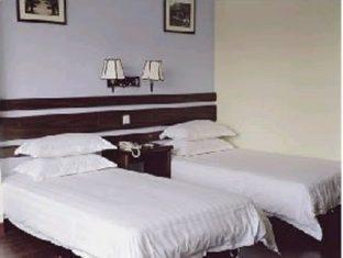Easy Inn Lake View Hotel - More photos