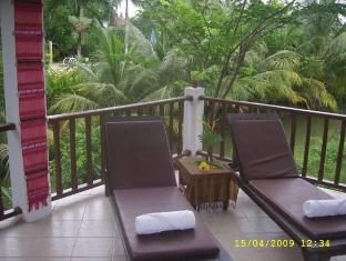 Naiharn Garden Resort Phuket - Balkong/terrass