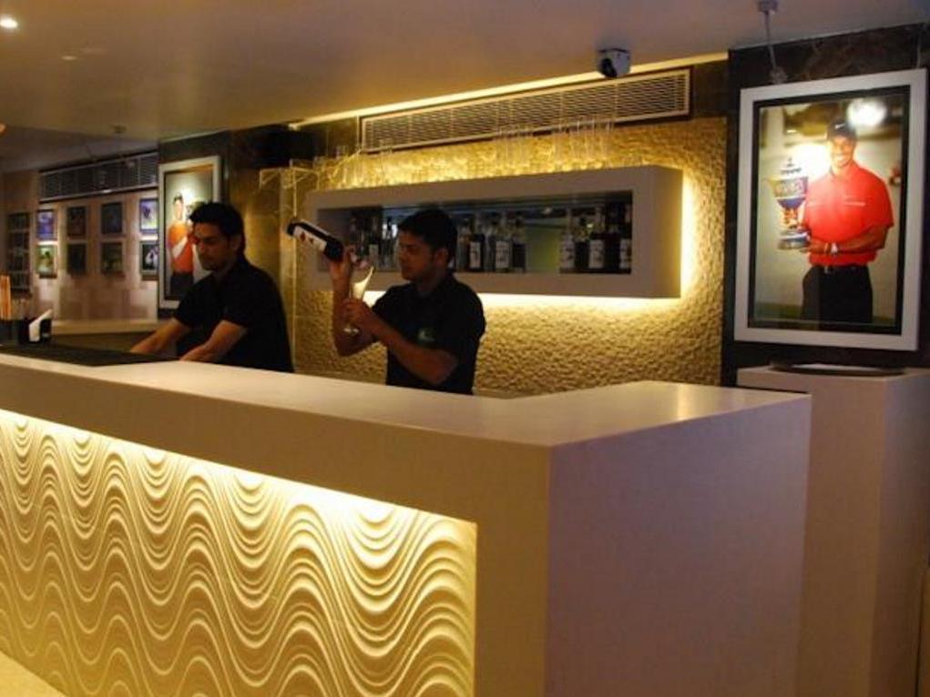 Hotel Le Roi - Hotell och Boende i Indien i New Delhi And NCR
