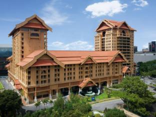 The Royale Chulan Hotel Kuala Lumpur Куала Лумпур - Фасада на хотела