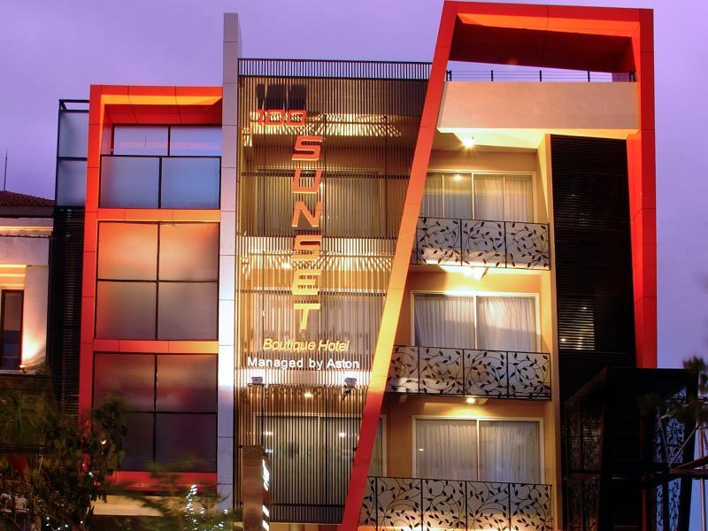 Hotell 100 Sunset Boutique Hotel(Managed by Aston)