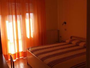 Albergo Ristorante Leon dOro Acqualagna - Guest Room