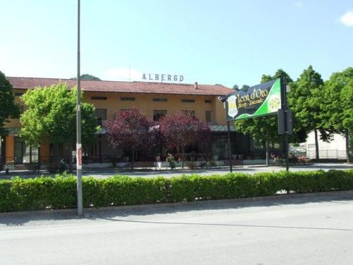 Albergo Ristorante Leon dOro Acqualagna - Exterior
