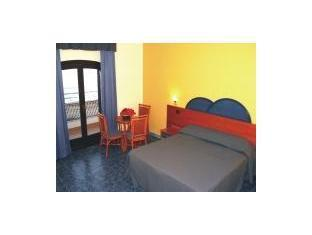 Photo from hotel Captn Greggs Beach Resort Puerto Galera Hotel