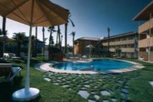 阿文特拉港圣胡安俱乐部酒店