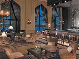 Shangri-La Hotel Qaryat Al Beri Abu Dhabi Abu Dhabi - Food, drink and entertainment