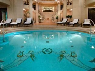 Ritz paris paris france for Places to swim in paris