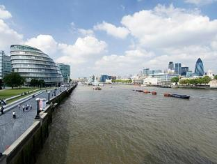 Think Apartments Tower Bridge London - Surroundings