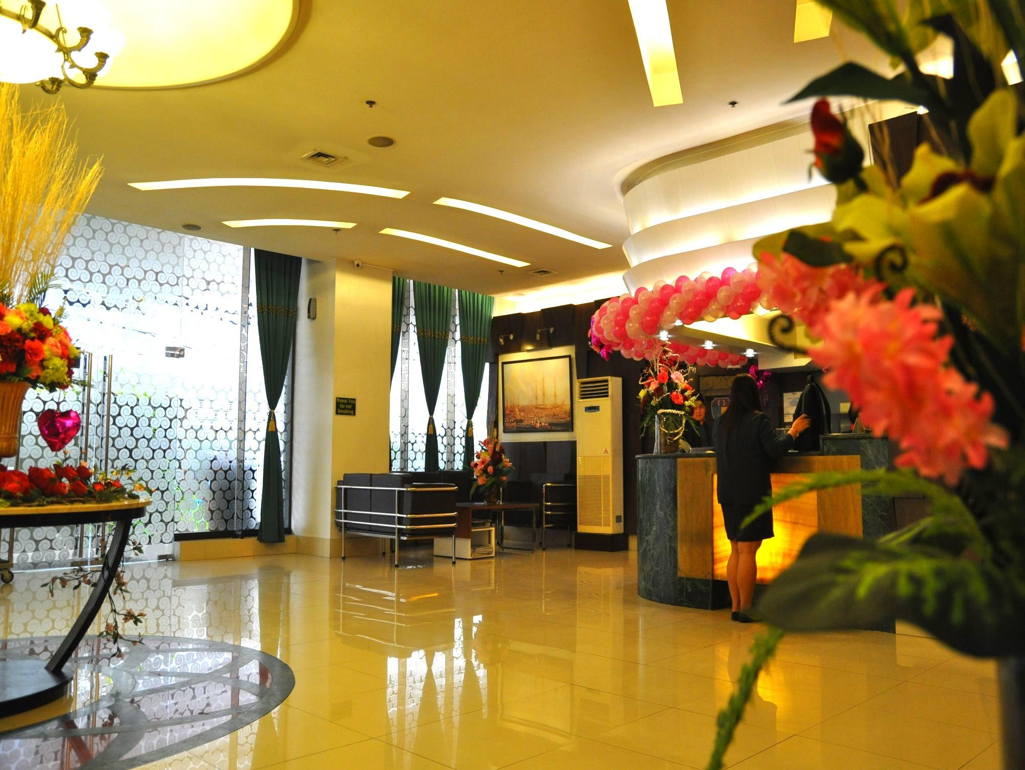 Eurotel North Edsa Hotel - Hotels and Accommodation in Philippines, Asia