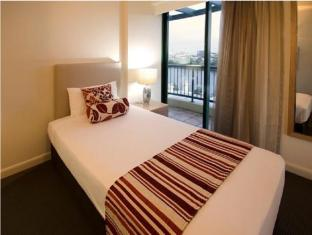 Central Cosmo Apartments Brisbane - Two Bedroom Apartment