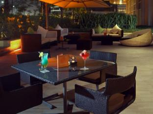Centro Yas Island Hotel Abu Dhabi - Food, drink and entertainment