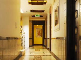 Hotel Blessings New Delhi and NCR - Corridor
