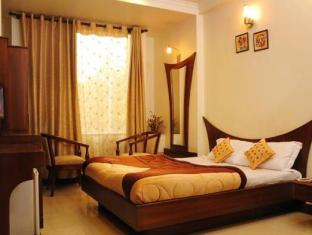 Hotel Blessings New Delhi and NCR - Superior Room