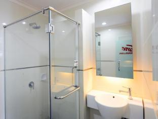 Tune Hotel – Waterfront Kuching Kuching - Bathroom