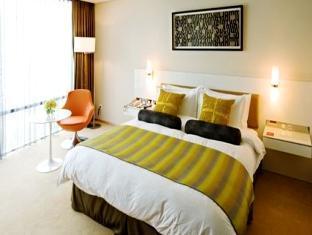 Ramada Plaza - Room type photo