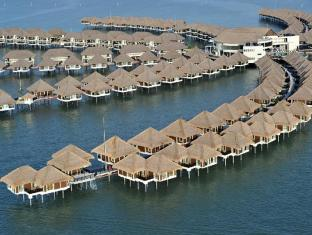 AVANI Sepang Goldcoast Resort Kuala Lumpur - Aerial View