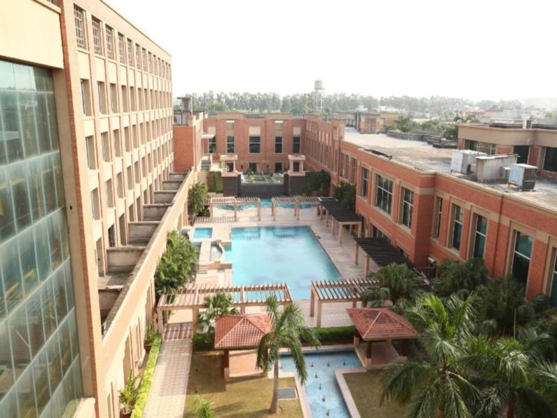 Aveda Hotel - Hotell och Boende i Indien i Ludhiana
