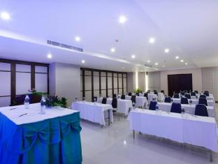 Andakira Hotel Phuket - Meeting Room