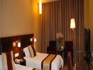 Sina Holiday Hotel Pudong Airport - More photos