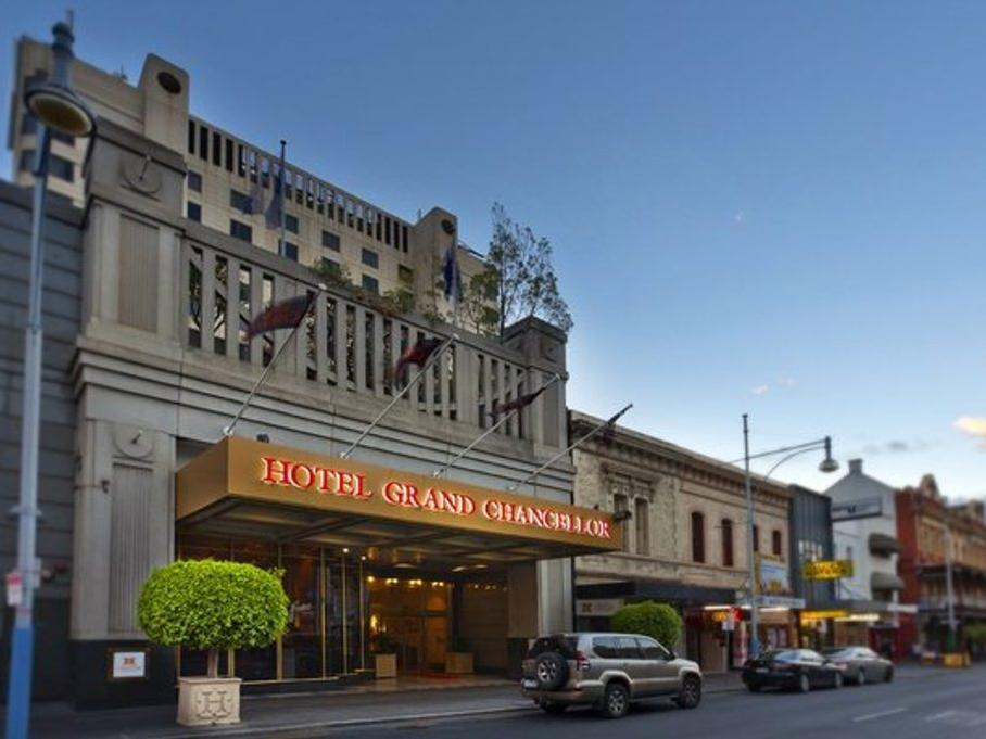 Hotel Grand Chancellor Adelaide on Hindley Adelaide - Hotel Aussenansicht